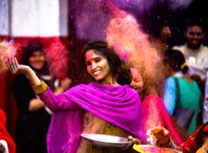 Look Baroudeuse : quels vêtements choisirent pour voyager en Inde?