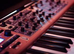 Le studio du compositeur BO
