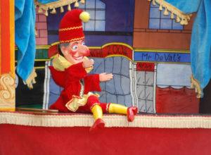 Faire connaissance avec les marionnettes